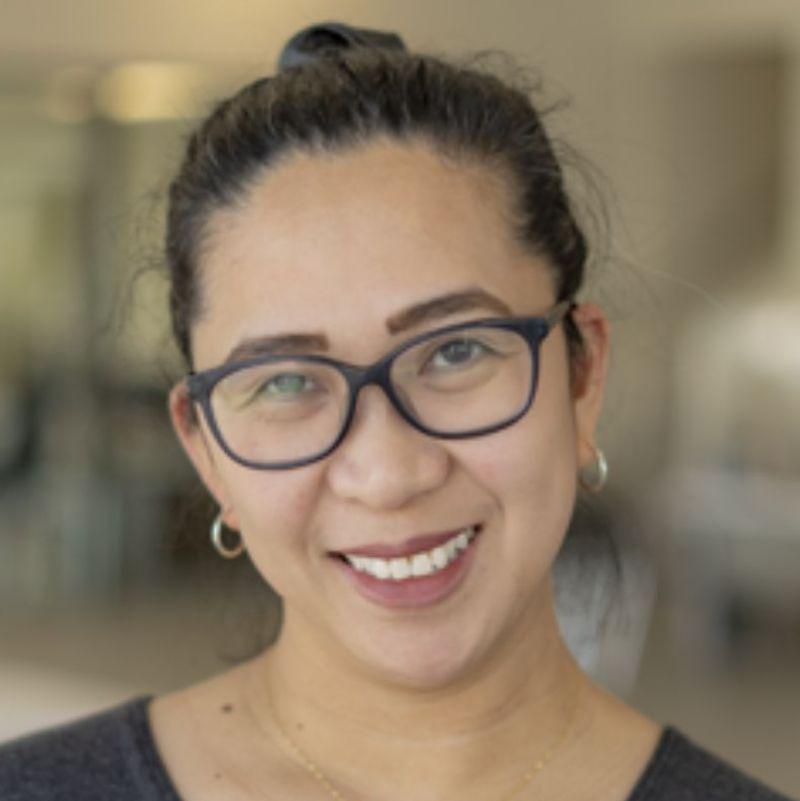 Photo of Carolyn Enano